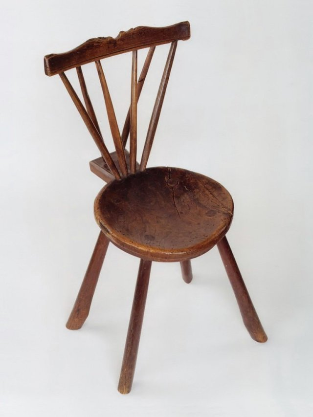 mid_18C_elm_&_walnut_back_stool_01a
