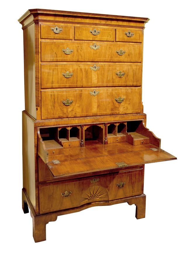 Geo_II_walnut_secretaire-chest_c1735_01b